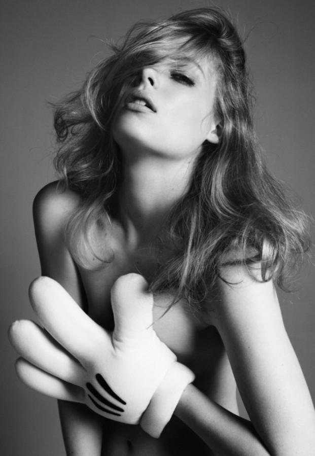 Gillian Jacobs | The LastMagazine